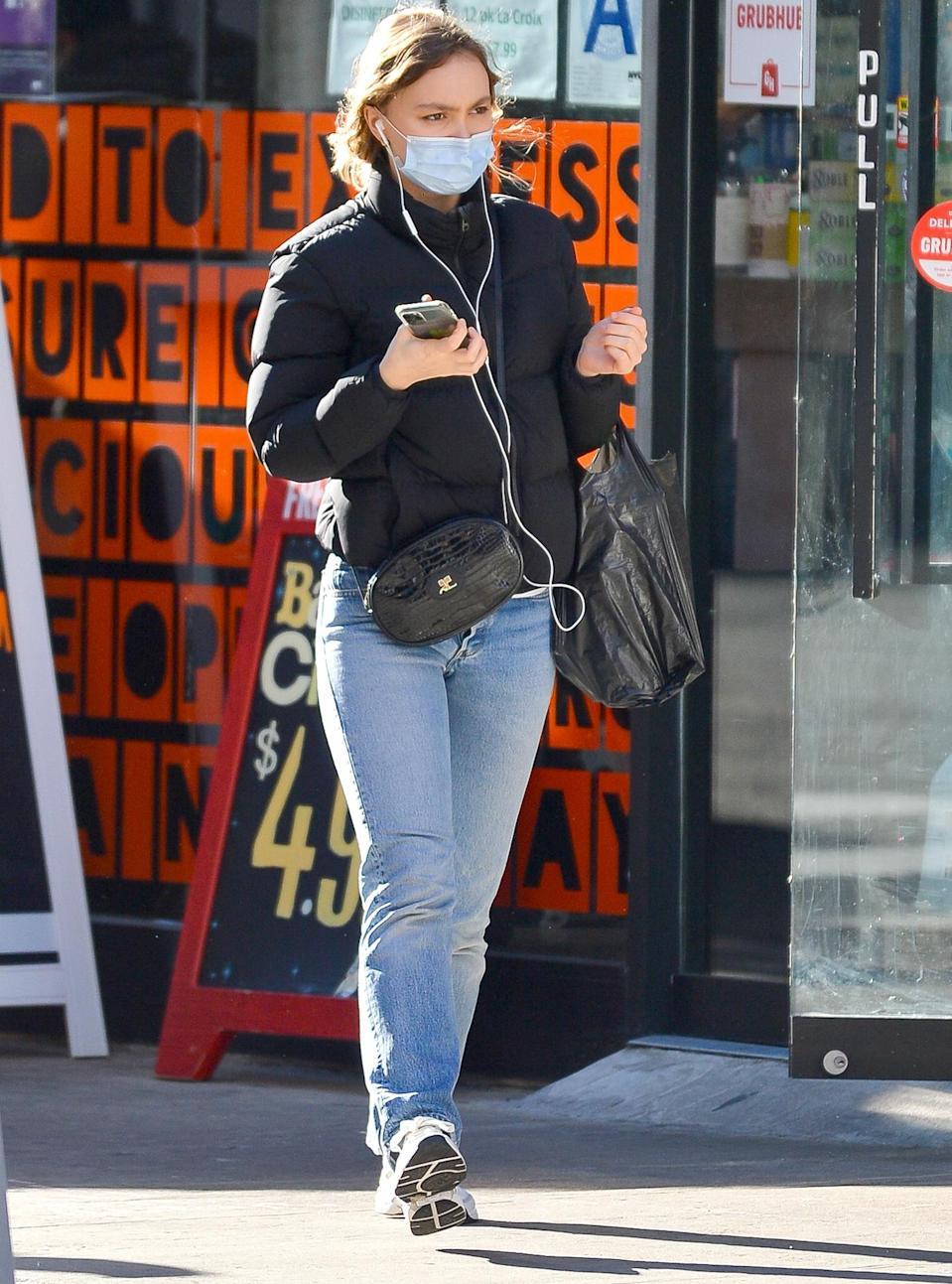 <p>Lily-Rose Depp blends in with the crowd on Wednesday during a walk through New York City.</p>