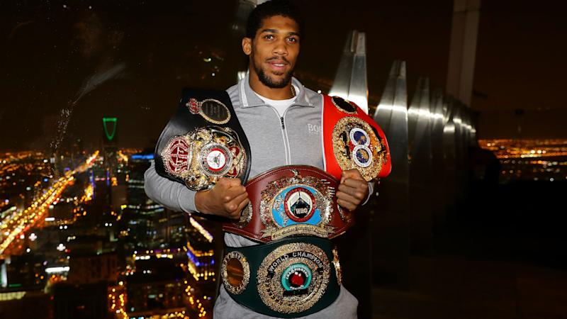 Fight against Whyte will be one-sided, says Joshua