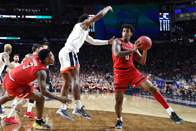 Kyler Edwards #0 of the Texas Tech Red Raiders handles the ball on offense against the Virginia Cavaliers in the second half during the 2019 NCAA men's Final Four National Championship game at U.S. Bank Stadium on April 08, 2019 in Minneapolis, Minnesota. (Photo by Streeter Lecka/Getty Images)