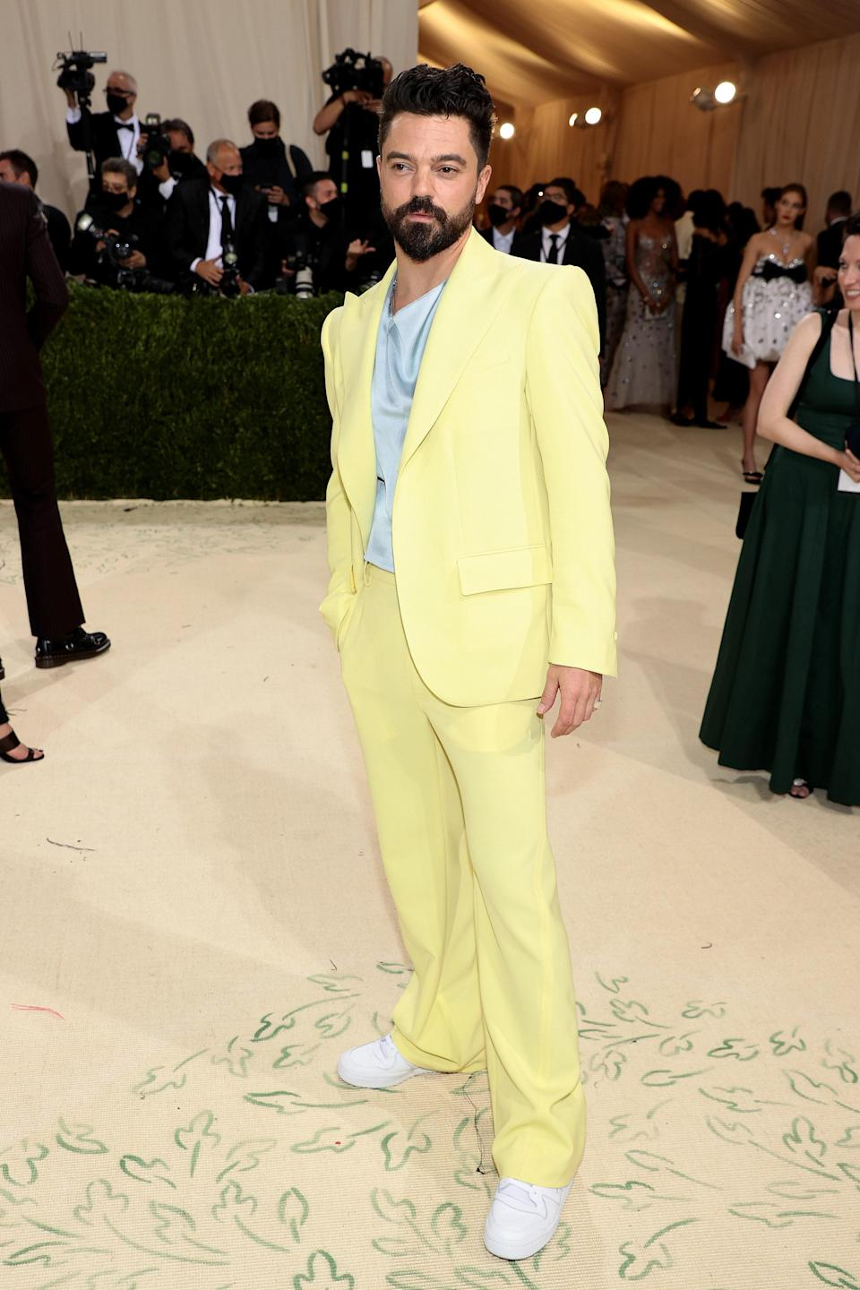 """<h1 class=""""title"""">Dominic Cooper</h1><cite class=""""credit"""">Photo: Getty Images</cite>"""