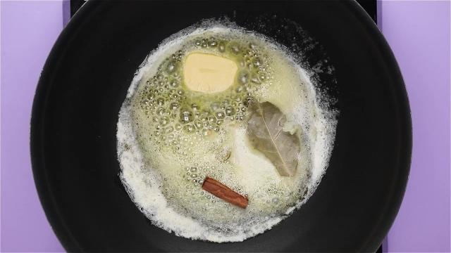 Frying spices in butter