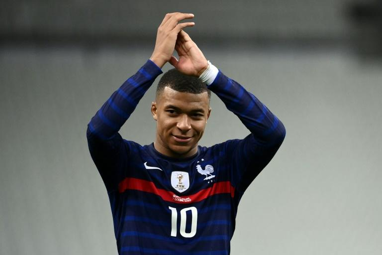 France shine, Germany moan and Ronaldo rattles Spain in Europe