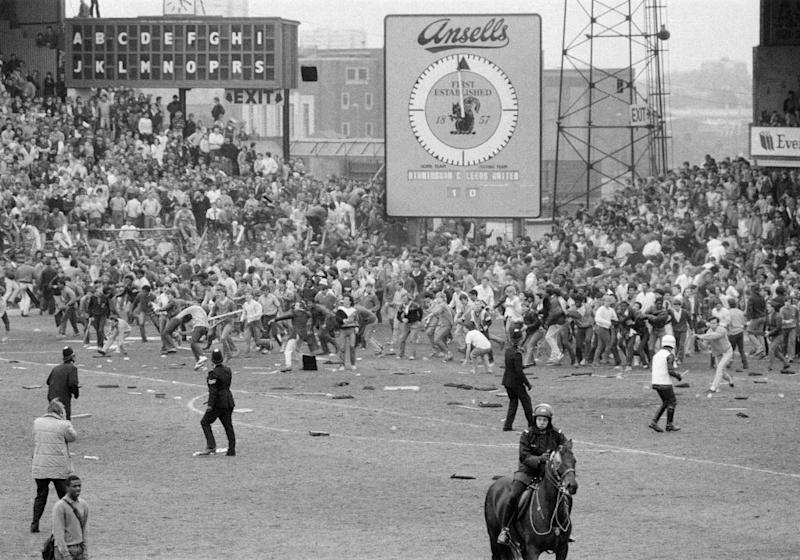 Crowd trouble during Birmingham v Leeds in 1985. (Photo by Staff/Mirrorpix/Getty Images)