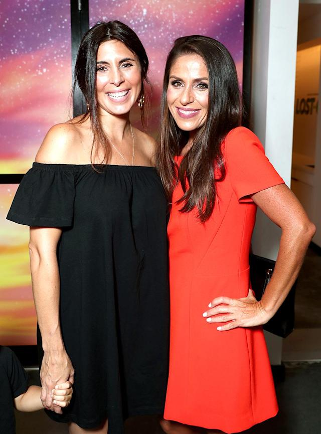 "<p>Sigler, who announced last month she's <a href=""https://www.yahoo.com/celebrity/jamie-lynn-sigler-expecting-baby-175400891.html"" data-ylk=""slk:expecting her third child;outcm:mb_qualified_link;_E:mb_qualified_link"" class=""link rapid-noclick-resp newsroom-embed-article"">expecting her third child</a>, caught up with her <i>Punky Brewster</i> friend at the premiere of <i>Lost in Oz</i> in La La Land. This one's a framer, ladies! (Photo: Todd Williamson/Getty Images for Amazon Studios) </p>"