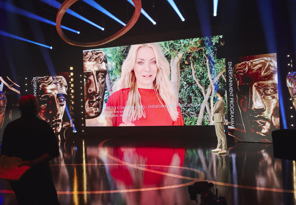 Tess Daly on screen as Strictly Come Dancing won the Entertainment Programme programme TV Bafta (Bafta)