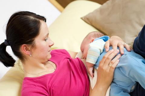 Smoking Pot and Breast-Feeding: What Are the Risks?