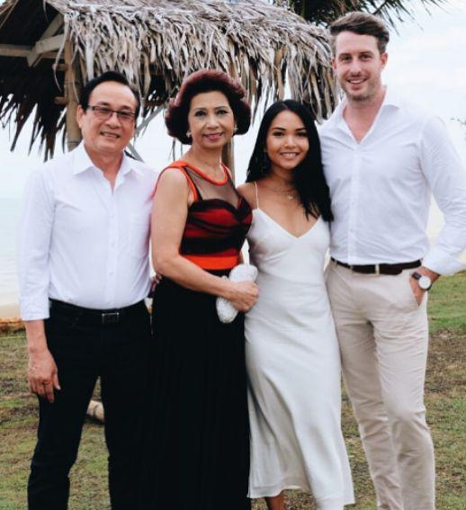 Jody with her parents and husband. (Photo: Instagram/jodyphan)