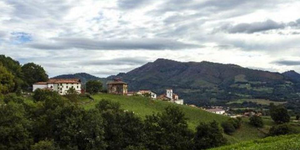 """<p>Originating from the Basque language, we present to you with Azpilicuetagaraycosaroyarenberecolarrea, located in the heart of Azpilkueta, Navarra. It's the longest-named town in both Spain and Europe and means, """"The low field of a high pen of Azpilkueta"""" when translated into English. </p>"""