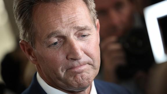 Panel OKs Kavanaugh but Flake puts wrench in nomination