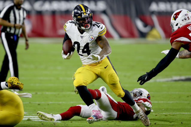 Pittsburgh Steelers running back Benny Snell (24) runs against the Arizona Cardinals during the first half of an NFL football game, Sunday, Dec. 8, 2019, in Glendale, Ariz. (AP Photo/Ross D. Franklin)