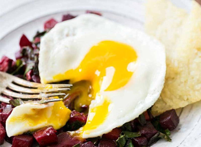 egg and beet breakfast hash