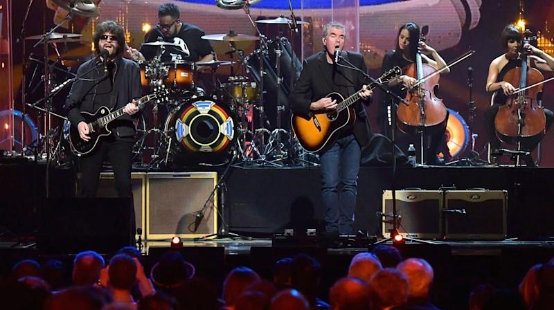 Jeff Lynne's ELO Dazzles With 'Evil Woman,' 'Mr. Blue Sky' at Rock Hall
