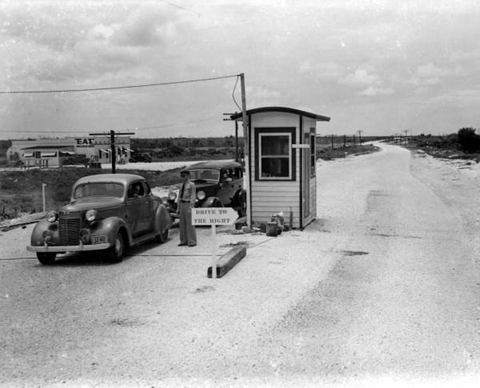The Lower Matecumbe toll booth on the Overseas Highway, circa 1940.