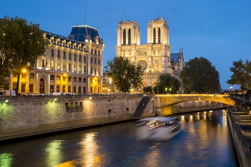 Paris Will Open a New Scenic Walkway Along the River Seine