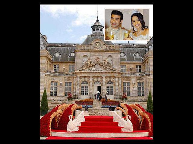 <b>Mittal Wedding<br> Cost: 220 crore approx</b><br> Steel magnate Lakshmi Mittal's daughter Vanisha Mittal's wedding to Amit Bhatia took place in France in 2004. International pop star Kylie Minogue was also present at the wedding. Bollywood biggies like Shahrukh Khan, Aishwarya Rai, Akshay Kumar, Juhi Chawla, Saif Ali Khan and Rani Mukherjee, all performed at the wedding. The dance sequences were choreographed by Farah Khan.