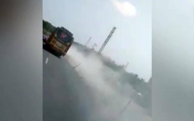 Risky driving: Buses race on Tamil Nadu road, put lives of passengers at risk