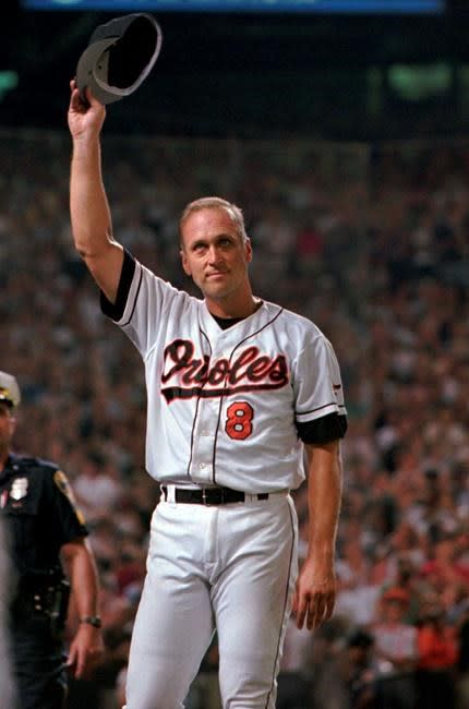 Iron streak, golden memory: Ripken embraces 2,131st game