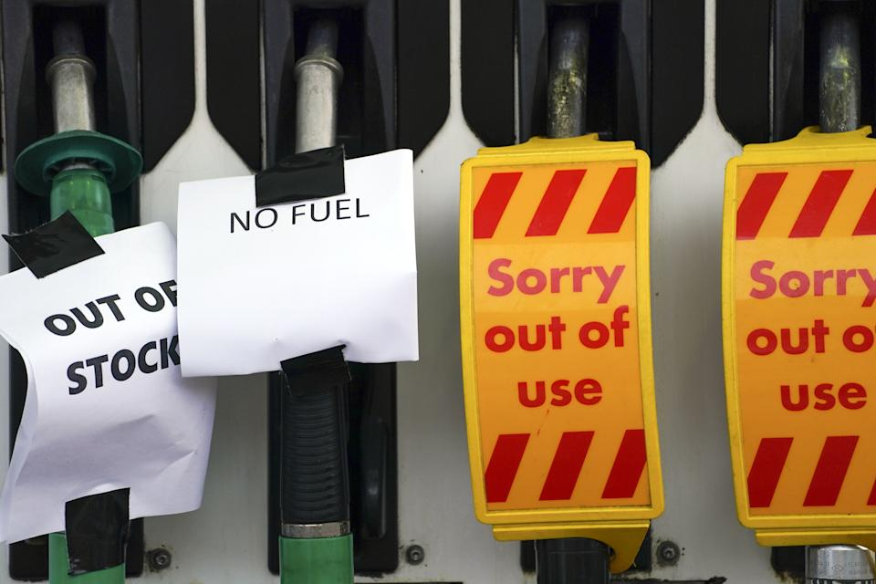 A Shell petrol station in Bracknell, Berkshire, which has no fuel. Picture date: Sunday September 26, 2021.