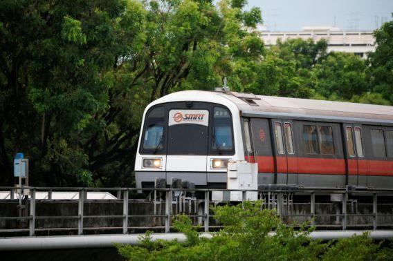 An SMRT train arriving at a station in Singapore July 19, 2016. (Photo: Reuters)