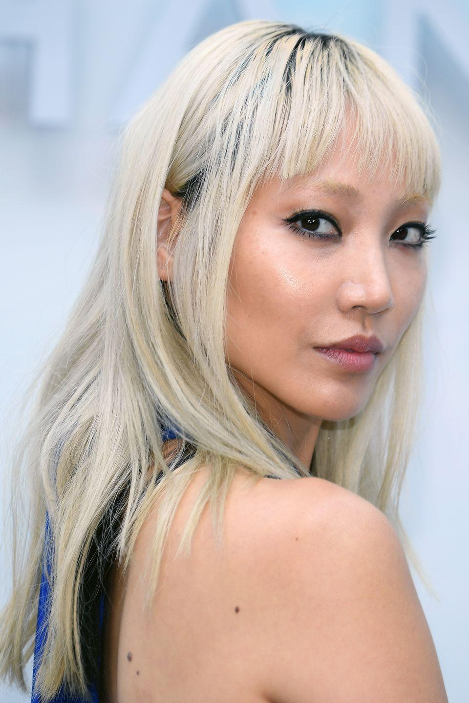<p>The model has made bleached blonde hair her signature.</p>