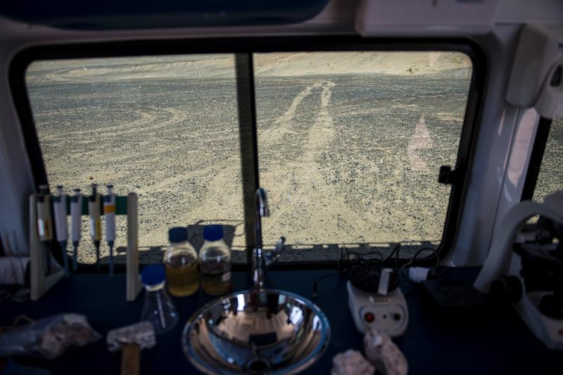 From a mobile research station in Chile's Atacama desert scientists study algae and bacteria that survive on little more than sunlight for clues to possible life on Mars (AFP Photo/Martin BERNETTI)