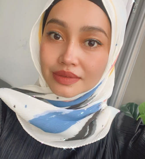Intan writes a cryptic post on social media after her meeting with Izreen on 'MELODI'