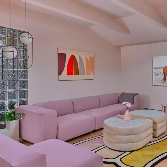 """Family reunions made easy with Airbnb! There are lots of great picks to check out, starting with this groovy '60s-inspired vacation property in Kennebunk, Maine. $490, Airbnb. <a href=""""https://www.airbnb.com/rooms/40567990?"""" rel=""""nofollow noopener"""" target=""""_blank"""" data-ylk=""""slk:Get it now!"""" class=""""link rapid-noclick-resp"""">Get it now!</a>"""