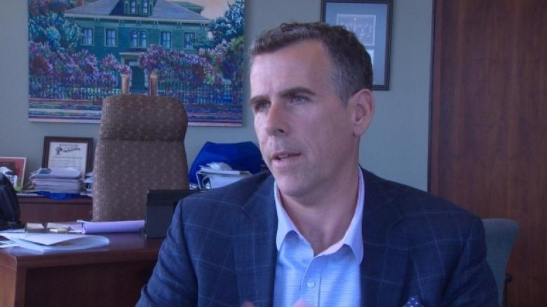 Saint John police union accuses mayor of violating Police Act