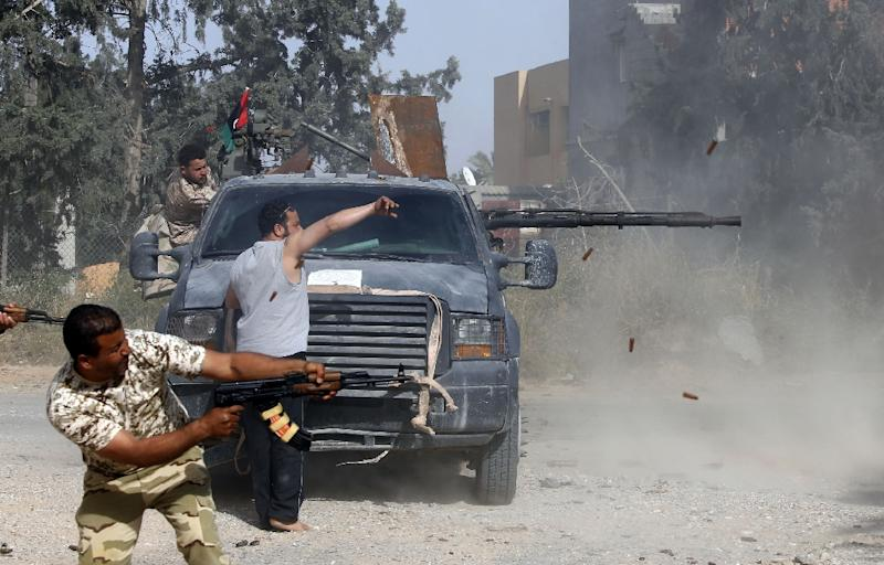 The offensive on the Libyan capital Tripoli has left 264 dead and more than 1,200 wounded, UN figures show