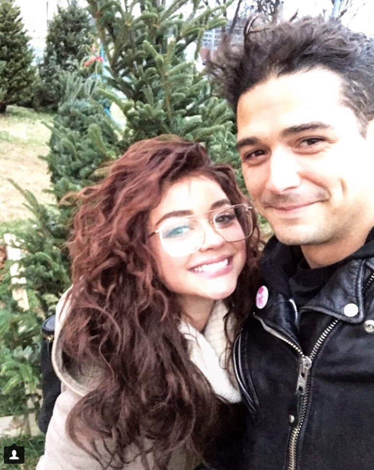 """<p>Of course the <em>Modern Family</em> star and <a rel=""""nofollow"""" href=""""https://www.yahoo.com/lifestyle/sarah-hyland-says-apos-no-041151055.html"""">her beau</a>, former <em>Bachelorette</em> contestant Wells Adams, picked out a tree together. """"First Christmas tree with this one,"""" she captioned this snapshot. (Photo: <a rel=""""nofollow"""" href=""""https://www.instagram.com/p/BcgOusNlTse/?hl=en&taken-by=sarahhyland"""">Sarah Hyland via Instragram</a>) </p>"""