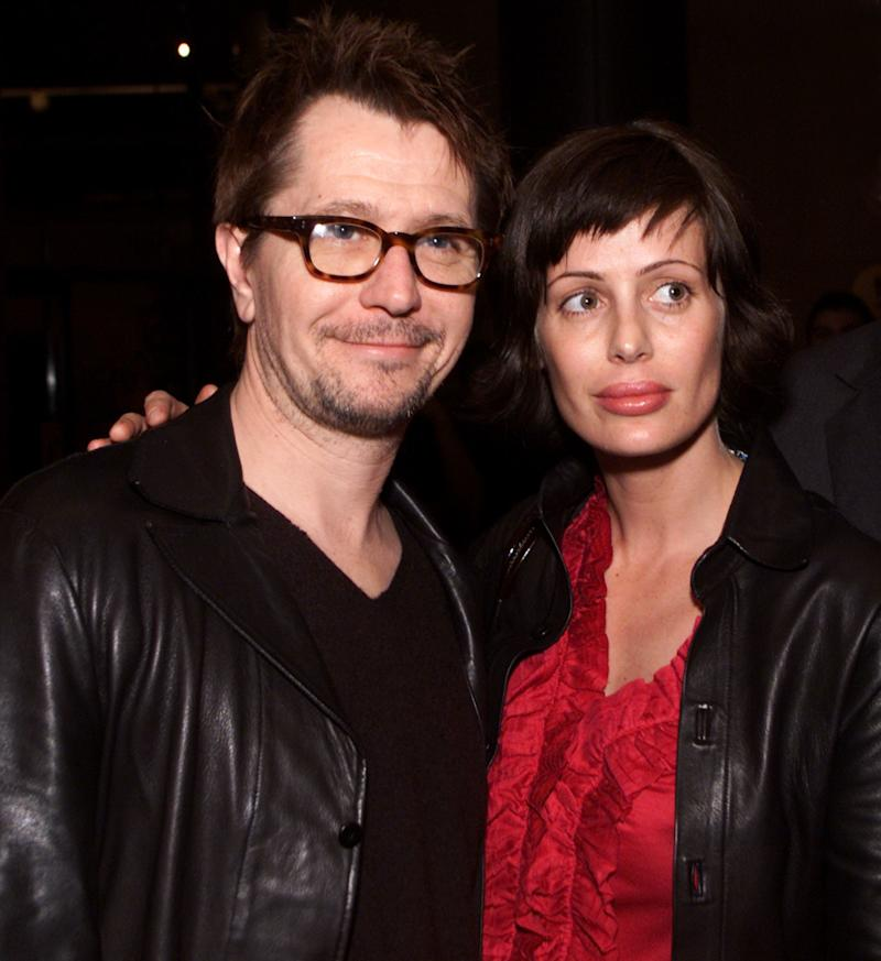 Gary Oldman and Donya Fiorentino at the Los Angeles premiere of 'Before Night Falls' in 2000. (Kevin Winter via Getty Images)
