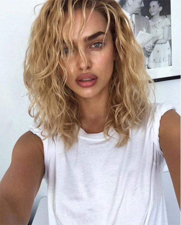 """<br>The 30-year-old Russian model showed off a wavy blonde do o Instagram, """"Who said I can't be blonde?"""". However Irina has since posted a snap of her back to brunette, so looks like this transformation was only temporary..."""