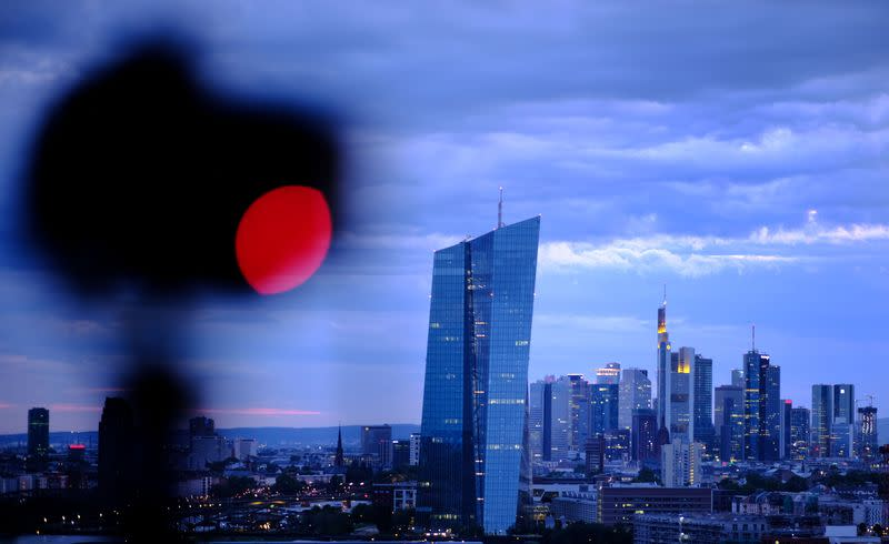 EU eyes use of bailout fund to unlock unlimited ECB bond buying