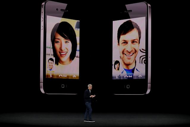 <p>Fans of FaceTime will enjoy the 7MP HD cameras, and Retina Flash for better selfies. (Photo by Justin Sullivan/Getty Images) </p>