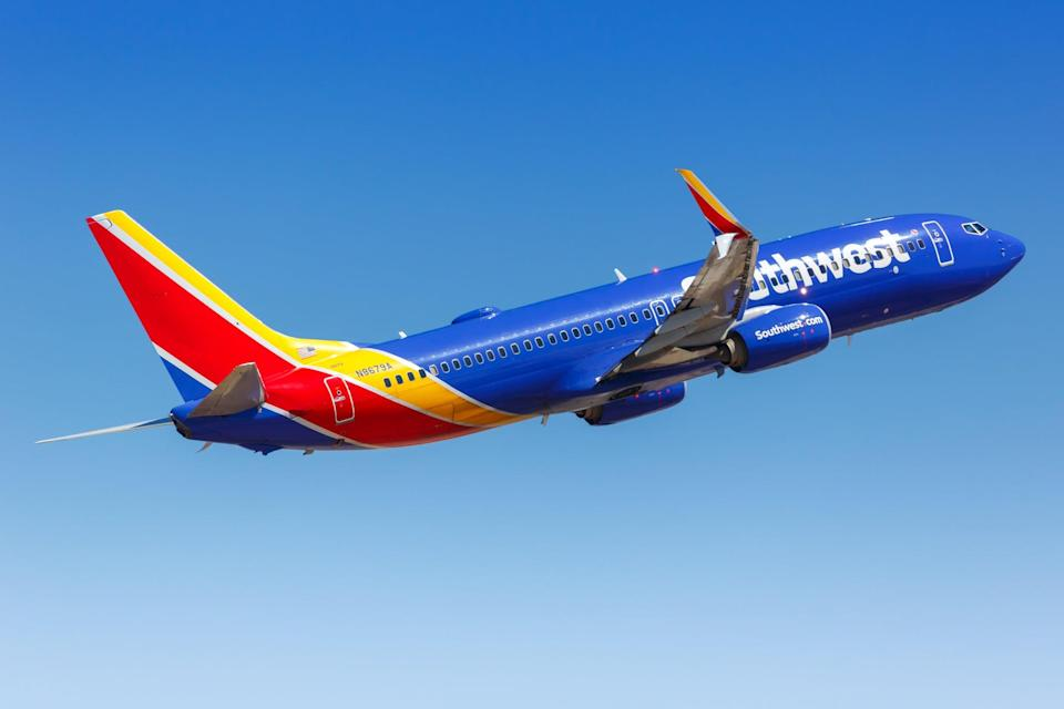 Passenger fight leads to cell phone blaze and causes flight to be rerouted  (Getty Images)