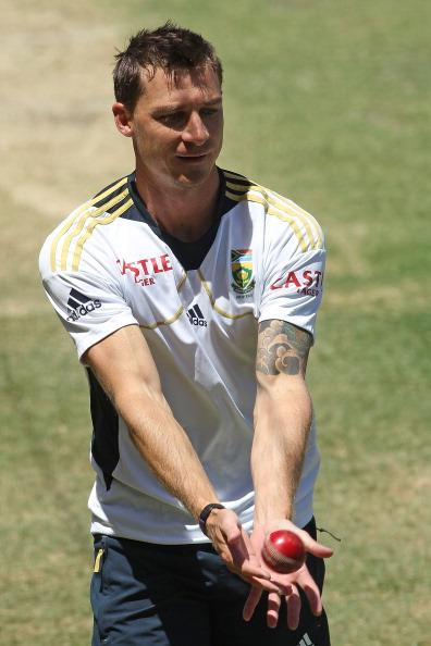 ADELAIDE, AUSTRALIA - NOVEMBER 21:  Dale Steyn catches the ball during a South African Proteas training session at Adelaide Oval on November 21, 2012 in Adelaide, Australia.  (Photo by Morne de Klerk/Getty Images)