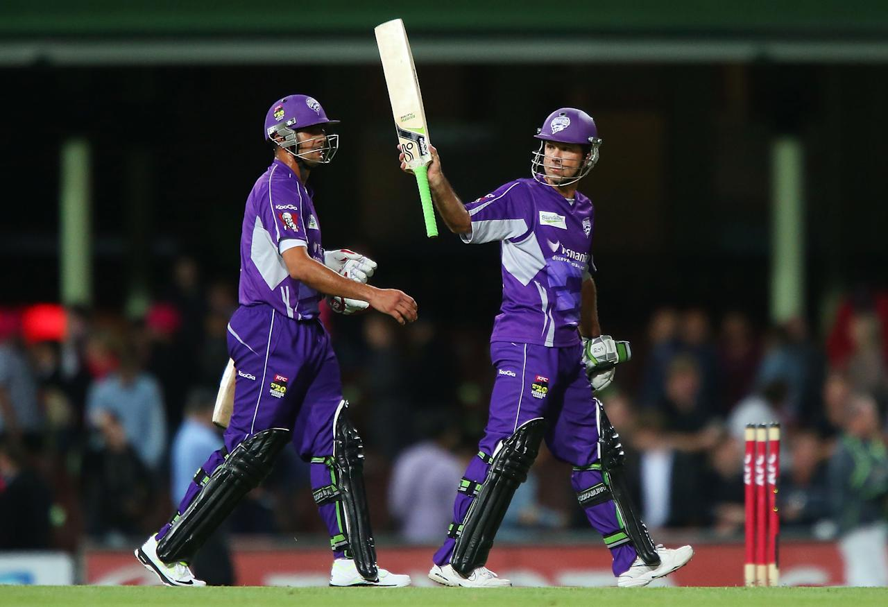 SYDNEY, AUSTRALIA - DECEMBER 26:  Ricky Ponting of the Hurricanes celebrates victory over the Sixers during the Big Bash League match between the Sydney Sixers and the Hobart Hurricanes at SCG on December 26, 2012 in Sydney, Australia.  (Photo by Brendon Thorne/Getty Images)