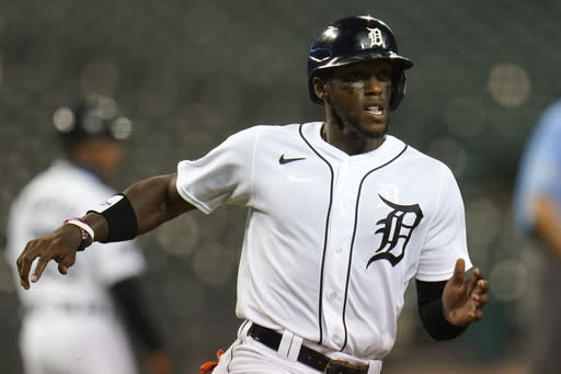 Chicago Cubs get OF Maybin, 2 lefty relievers in 3 trades
