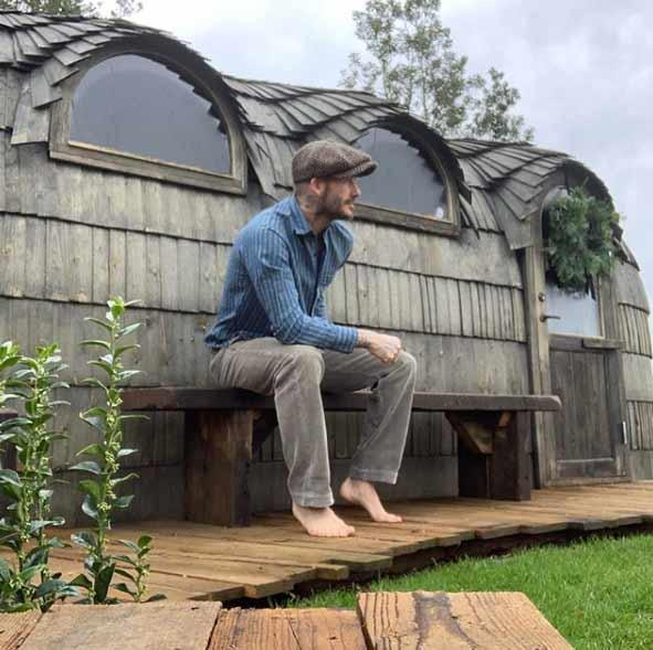 The-Beckhams-Cotswolds-house-sauna