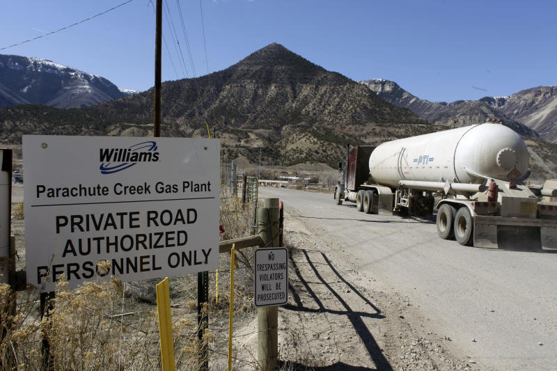 Leak near Colo. plant highlights pipeline problems