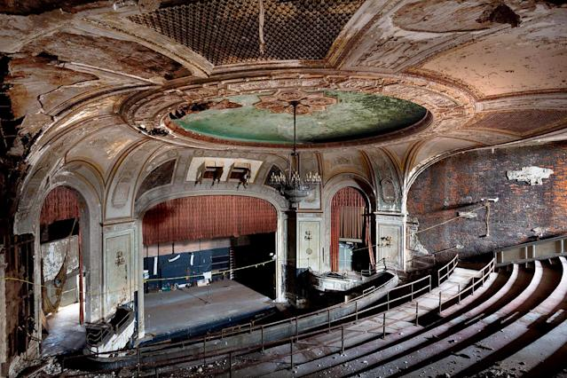 <p>Photographer Matt Lambros says that most of the theaters he visited were originally part of asylums, but he says he never saw the venues as dark or sinister. (Photo: Matt Lambros/Caters News) </p>