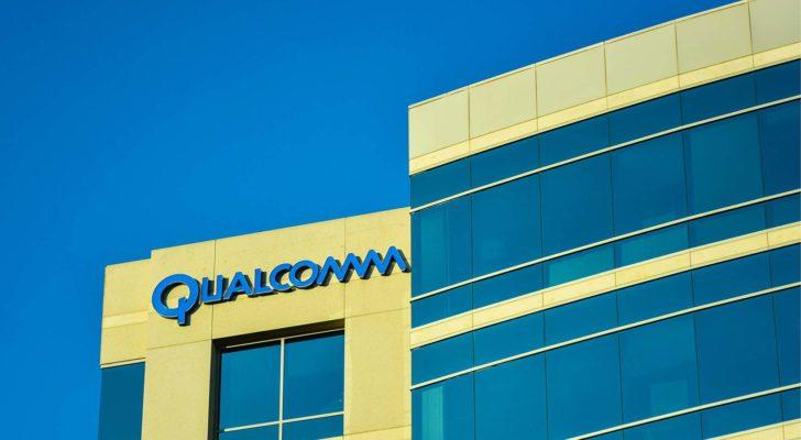 While analysts are down on Qualcomm stock, QCOM dominates the 5G market.