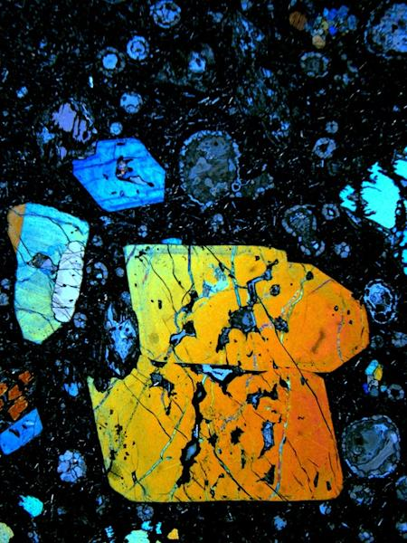 Extreme Green: Earth Recycles 2.5-Billion-Year-Old Ocean Crust
