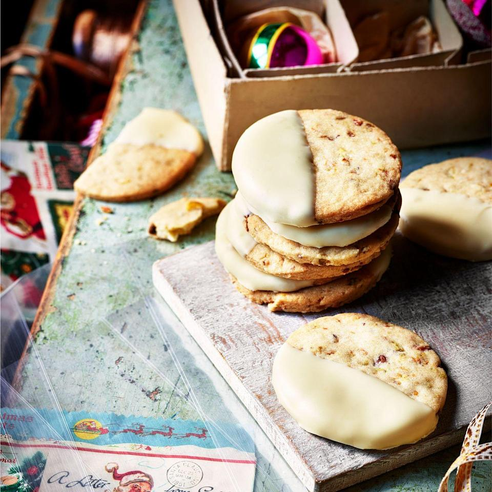 """<p>These <a href=""""https://www.goodhousekeeping.com/uk/food/recipes/g539844/best-cookie-recipes/"""" rel=""""nofollow noopener"""" target=""""_blank"""" data-ylk=""""slk:biscuits"""" class=""""link rapid-noclick-resp"""">biscuits</a> are the perfect sweet treat and a great <a href=""""https://www.goodhousekeeping.com/uk/food/recipes/g538829/homemade-christmas-gifts/"""" rel=""""nofollow noopener"""" target=""""_blank"""" data-ylk=""""slk:gift"""" class=""""link rapid-noclick-resp"""">gift</a> for friends. </p><p><strong>Recipe: <a href=""""https://www.goodhousekeeping.com/uk/food/recipes/a33922334/clotted-cream-pistachio-cardamom-biscuits/"""" rel=""""nofollow noopener"""" target=""""_blank"""" data-ylk=""""slk:Clotted Cream, Pistachio and Cardamom Biscuits"""" class=""""link rapid-noclick-resp"""">Clotted Cream, Pistachio and Cardamom Biscuits</a></strong></p>"""