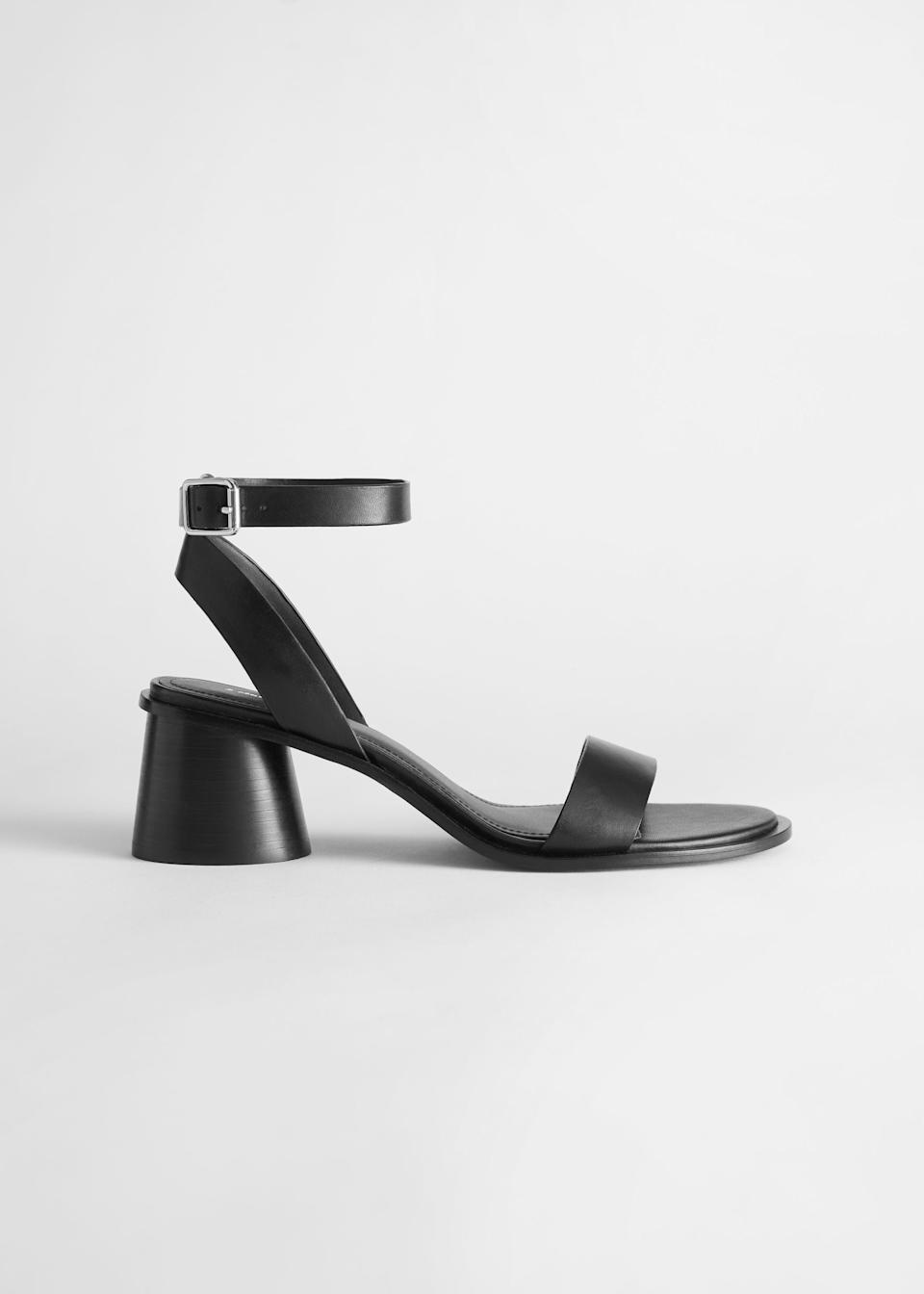 """<h2>& Other Stories</h2><br><strong>Deal</strong>: <strong>Up To 70% Off</strong><br>The brand's up-to-70% off sale is selling out fast, but there are still a handful of classic heeled sandals to be snapped up for summer. Think strappy black block-heeled numbers and a <a href=""""https://www.stories.com/en_usd/shoes/heeled-sandals/product.duo-strap-leather-heeled-sandals-blue.0851470003.html"""" rel=""""nofollow noopener"""" target=""""_blank"""" data-ylk=""""slk:slip-on mule style"""" class=""""link rapid-noclick-resp"""">slip-on mule style</a> or two.<br><br><em>Shop <strong><a href=""""https://www.stories.com/en_usd/sale/shoes.html"""" rel=""""nofollow noopener"""" target=""""_blank"""" data-ylk=""""slk:& Other Stories"""" class=""""link rapid-noclick-resp"""">& Other Stories</a></strong></em><br><br><strong>& Other Stories</strong> Strappy Block Heel Leather Sandal, $, available at <a href=""""https://go.skimresources.com/?id=30283X879131&url=https%3A%2F%2Fwww.stories.com%2Fen_usd%2Fshoes%2Fheeled-sandals%2Fproduct.strappy-block-heel-leather-sandal-black.0853219001.html"""" rel=""""nofollow noopener"""" target=""""_blank"""" data-ylk=""""slk:& Other Stories"""" class=""""link rapid-noclick-resp"""">& Other Stories</a>"""