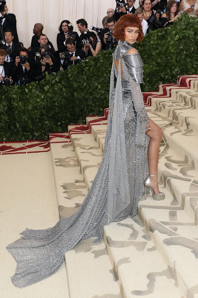 <p>Zendaya was the best dressed of the night for many, swathed in Versace armour-like chainmail channeling Roman Catholic saint Joan of Arc. [Photo: Getty] </p>