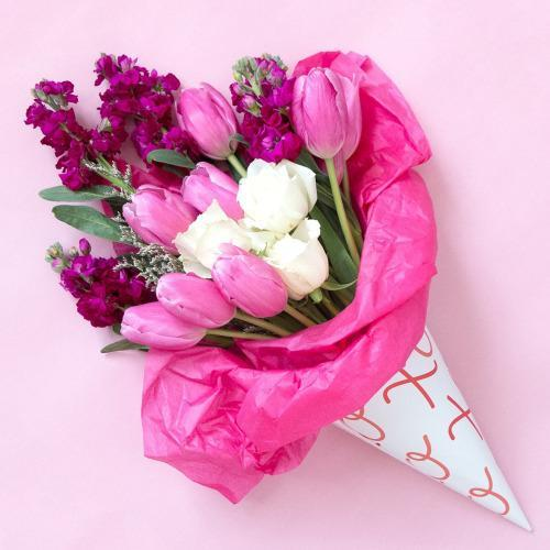 The best way to wrap a bouquet of flowers for Images of bouquets of roses