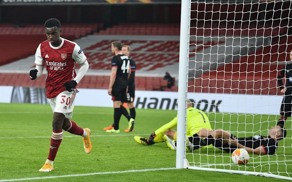 Arsenal's English striker Eddie Nketiah celebrates scoring his team's first goal during the UEFA Europa League 1st round day 2 Group B football match between Arsenal and Dundalk at the Emirates Stadium in London on October 29, 2020 - AFP/GLYN KIRK