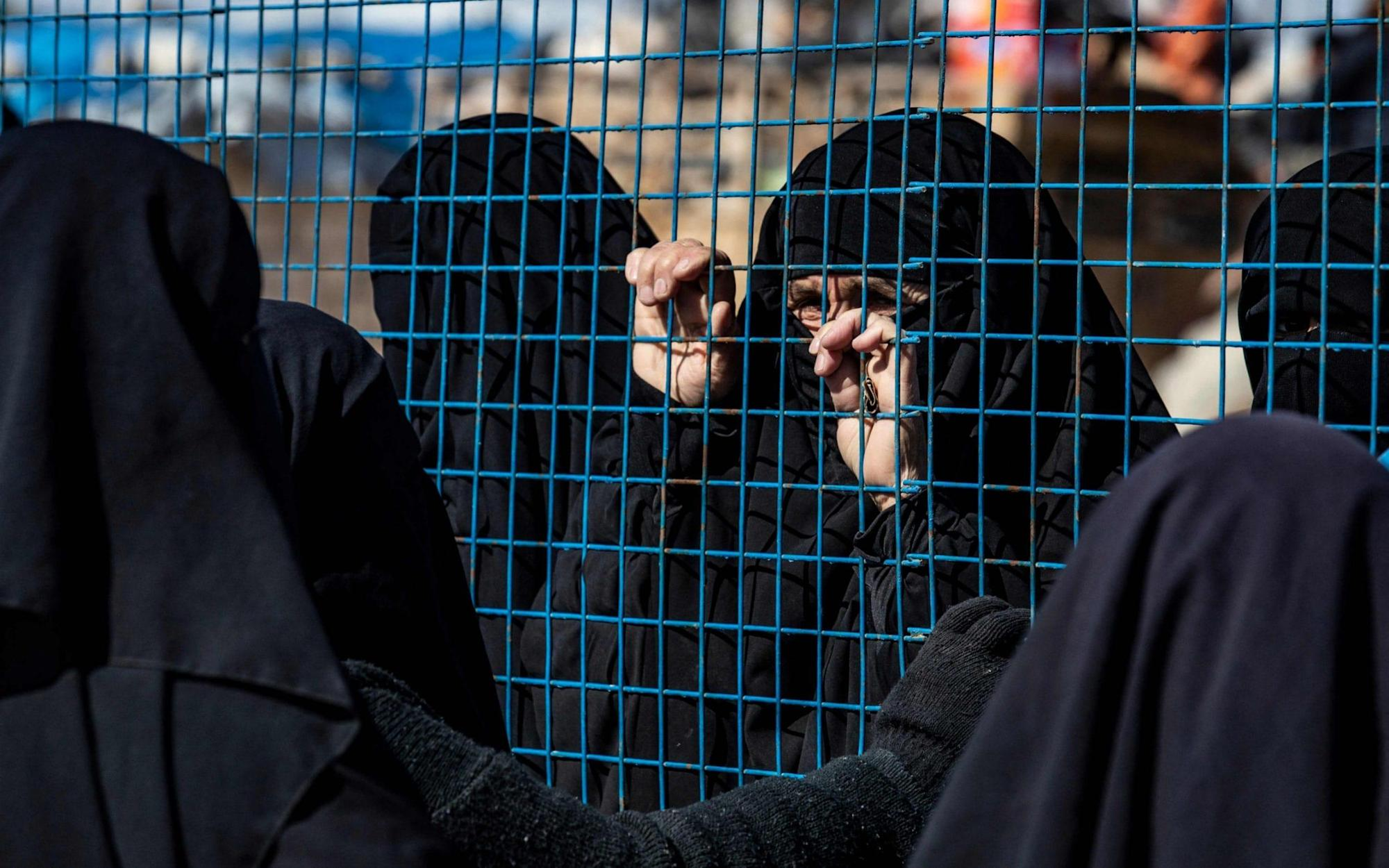 Ten French women who joined IS go on hunger strike in Syria camp