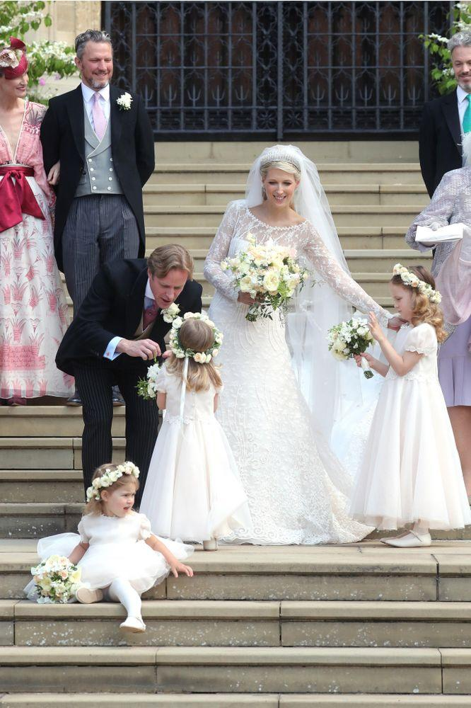 Thomas Kingston and Lady Gabriella Windsor with their bridesmaids | Chris Jackson - WPA Pool/Getty Images